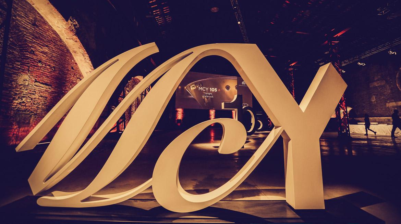 anteprima mondiale dell'MCY 105